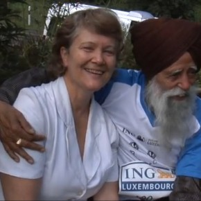 101-year-old Fauja Singh finishes London Marathon