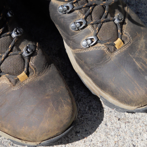 Ahnu Mendocino Hiking Boots: Separation Anxiety