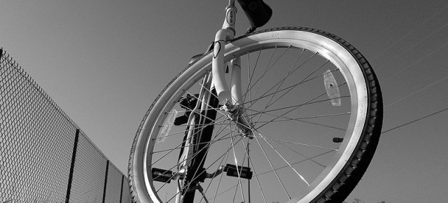 Biking might allay Parkinson's symptoms